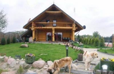 Domy z bali - Projekt nr 04